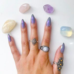 LADT ONE - Nail Tips in Color: Purple Haze